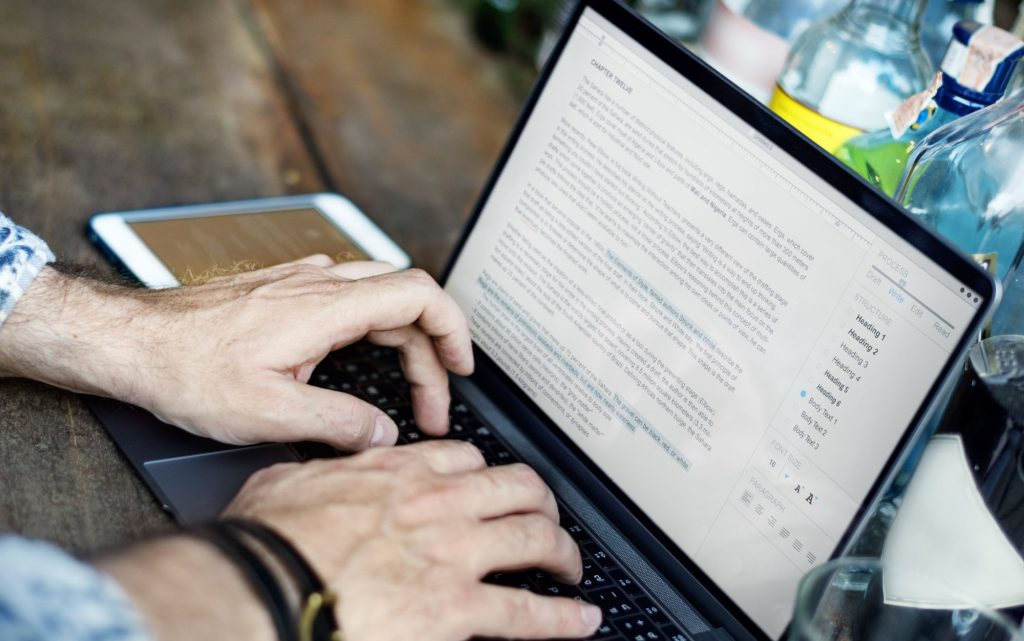 Como a baixa e a audição automatizada de documentos fiscais impacta no trabalho?